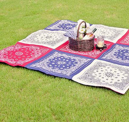 DIY Bandana Picnic Quilt