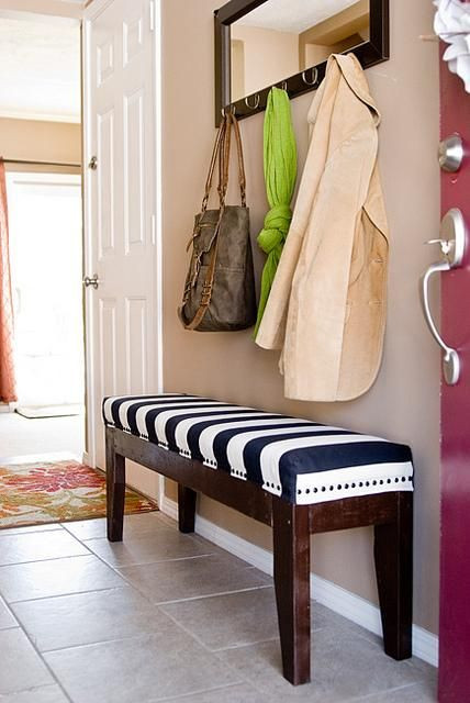DIY Easy Upholstered Bench