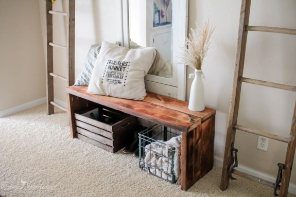 DIY Simple Rustic Entryway Bench