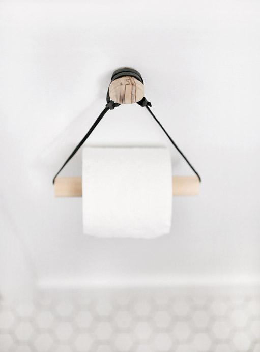 DIY Simple Toilet Paper Holder