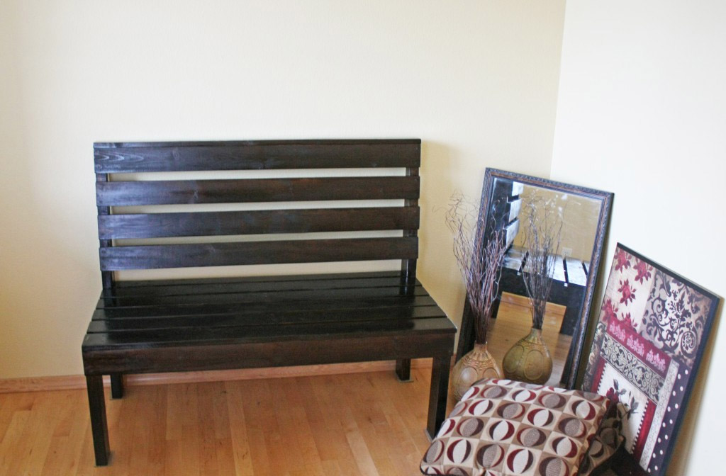 DIY Simply Entryway Bench