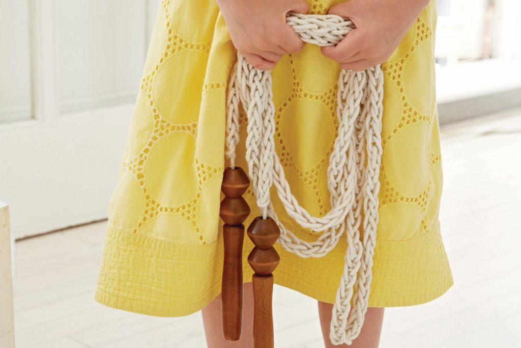 Finger Knit a Skipping Rope