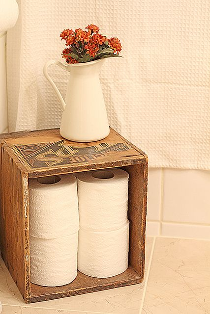 Simple Toilet Paper Storage in a Vintage Crate