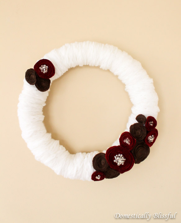 White Finger Knitted Wreath