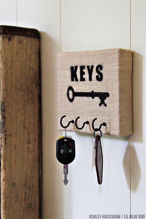 DIY Burlap Canvas Key Holder
