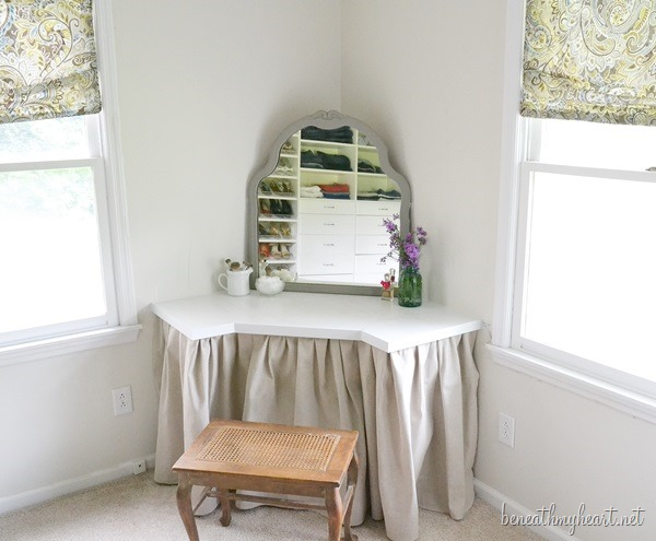 DIY Corner Dressing Table