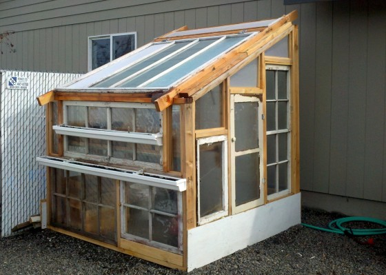 DIY Greenhouse For Less Than $100