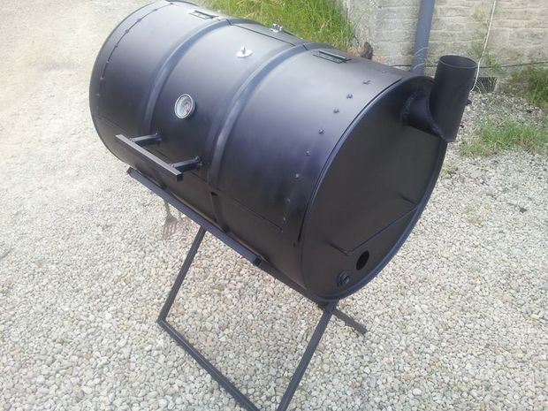 DIY Oil Drum BBQ Smoker