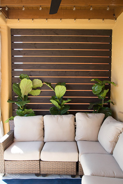DIY Outdoor Slatted Privacy Screen