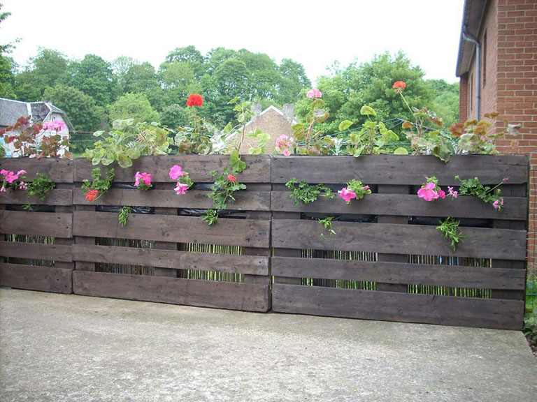 Stylish Pallet Fence