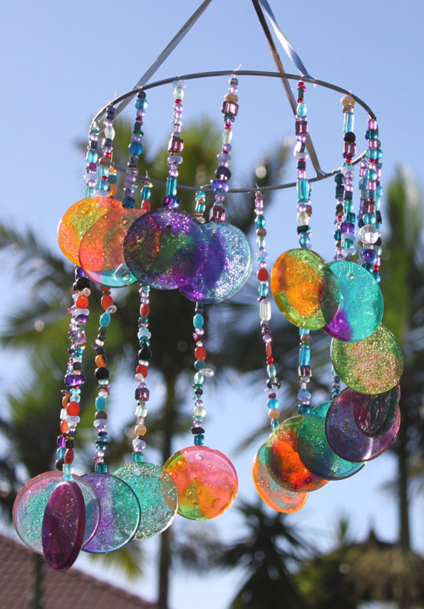 DIY Colorful Wind Chimes