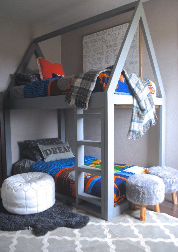 DIY House Bunk Bed