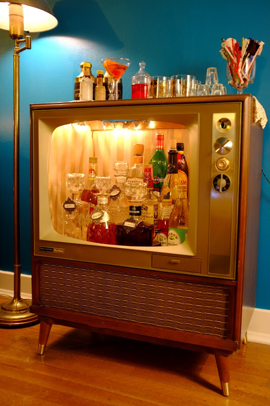 Old TV Converted Into Mini Bar