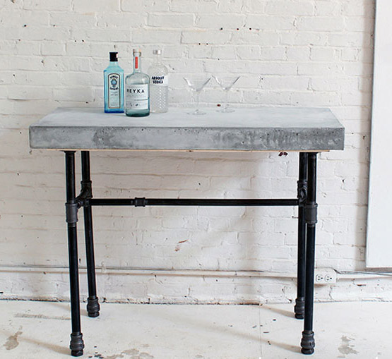 DIY Concrete & Iron Bar Table