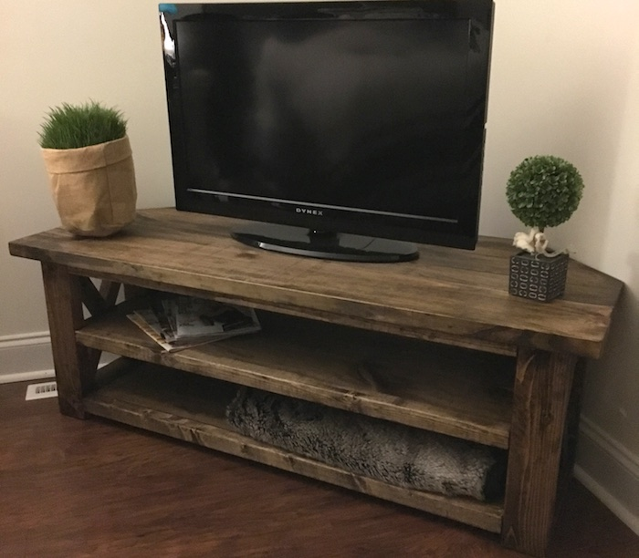 DIY Corner Media Center by SoulfulHaven