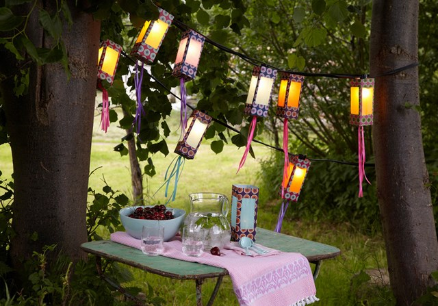 DIY Outdoor Lighting from Milk Cartons